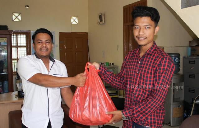 Mahasiswa Aceh Bagikan Bantuan untuk Dukung Relawan Mencegah Covid-19