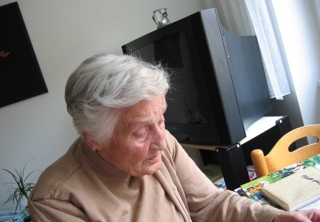 assisting elderly relative stay at home care in-house senior citizen support