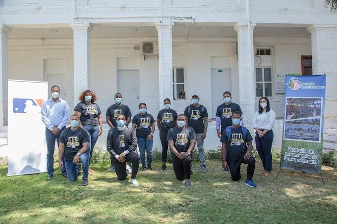 Fundación Central Barahona (FCB) y Major League Baseball (MLB) lanzan programas de educación virtual para ex jugadores y entrenadores.