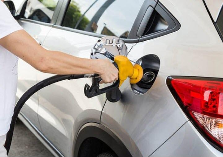 Nguyên nhân và dấu hiệu nước xuất hiện trong bình xăng