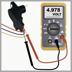 como-probar-un-sensor-de-arbol-de-levas-con-multimetro