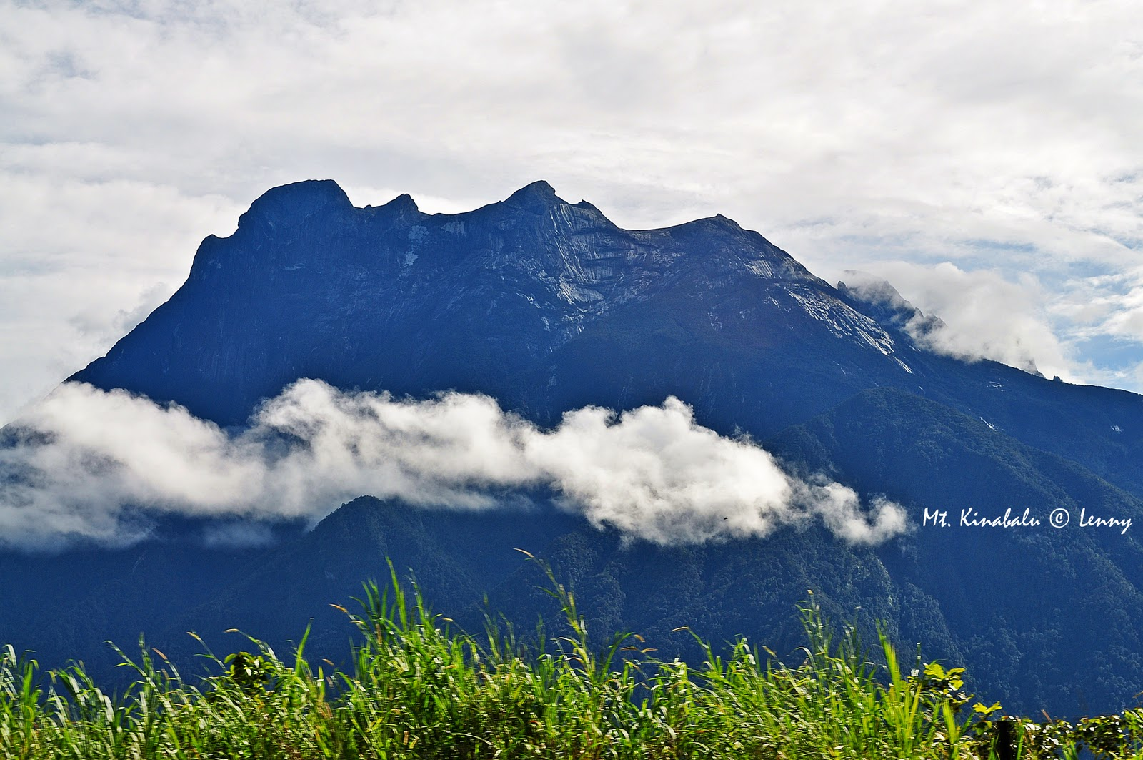 Gambar Gunung Kinabalu