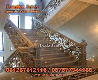 railing tangga besi tempa klasik, harga tangga besi tempa, railing tangga besi tempa klasik minimalis, model railing tangga besi tempa.