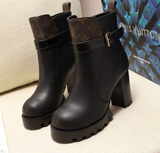 LV HEEL 9.5 CM STAR TRAIL ANKLE BOOTS 2020