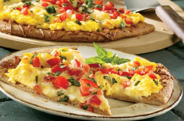 healthy breakfast on the go, breakfast pizza margherita, skinny omelette recipe