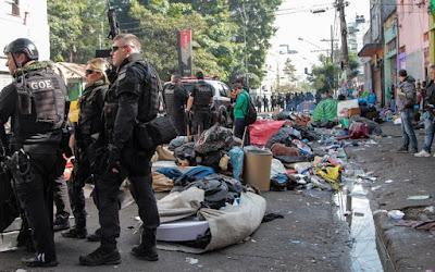 Polícia faz megaoperação na Cracolândia e no Cine Marrocos