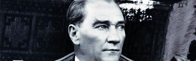 Mustafa-Kemal-Ataturk-Banner