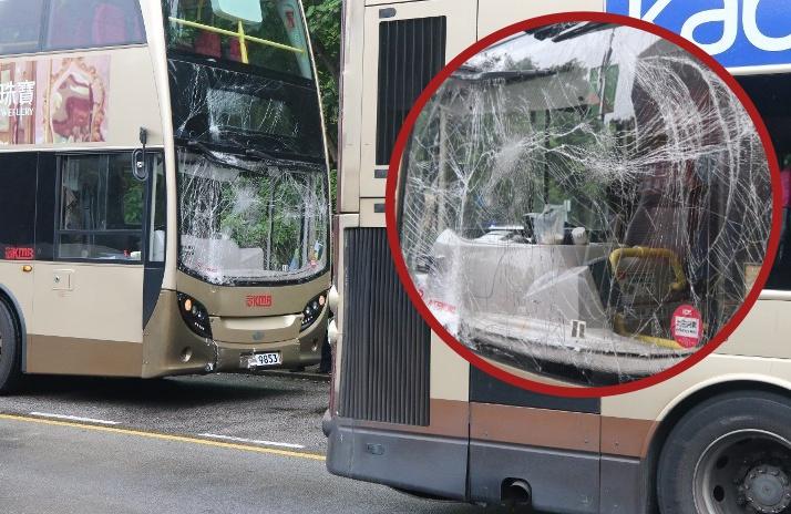 Tabrakan 2 Bus KMB di Tai Po , 7 Orang Alami Luka-Luka