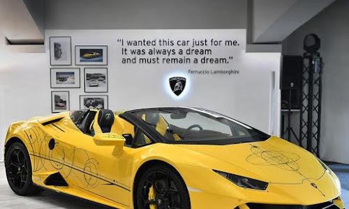 """Chiêm ngưỡng """"tác phẩm nghệ thuật"""" độc đáo Lamborghini Huracan Evo Spyder Art Car"""