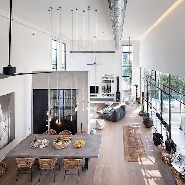 Loft amplo e iluminado