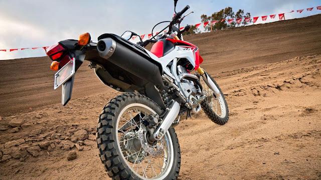 AHM disinyalir akan meluncurkan Honda CRF150, trail penantang KLX150!