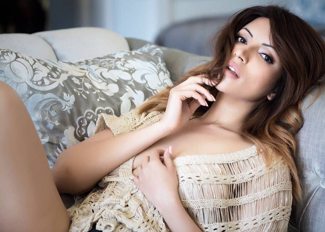 Shama Sikander hottest photos, Shama Sikander sexy photos,