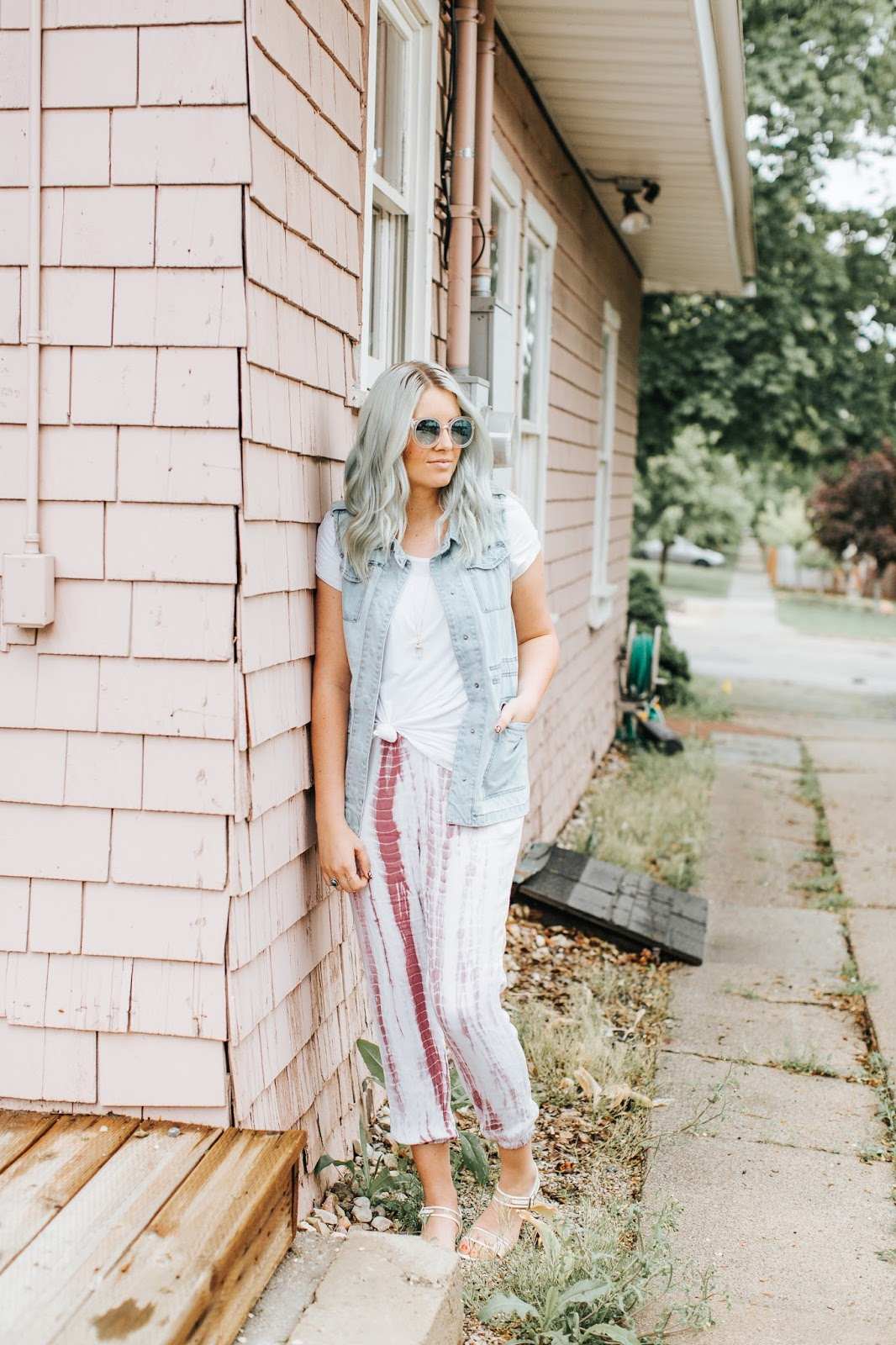 Tie Dye Pants, Spring Outfit, mint hair