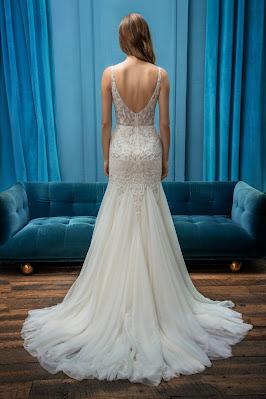 Enaura Bridal SLEEVELESS FIT AND FLARE V-NECKLINE WEDDING DRESS