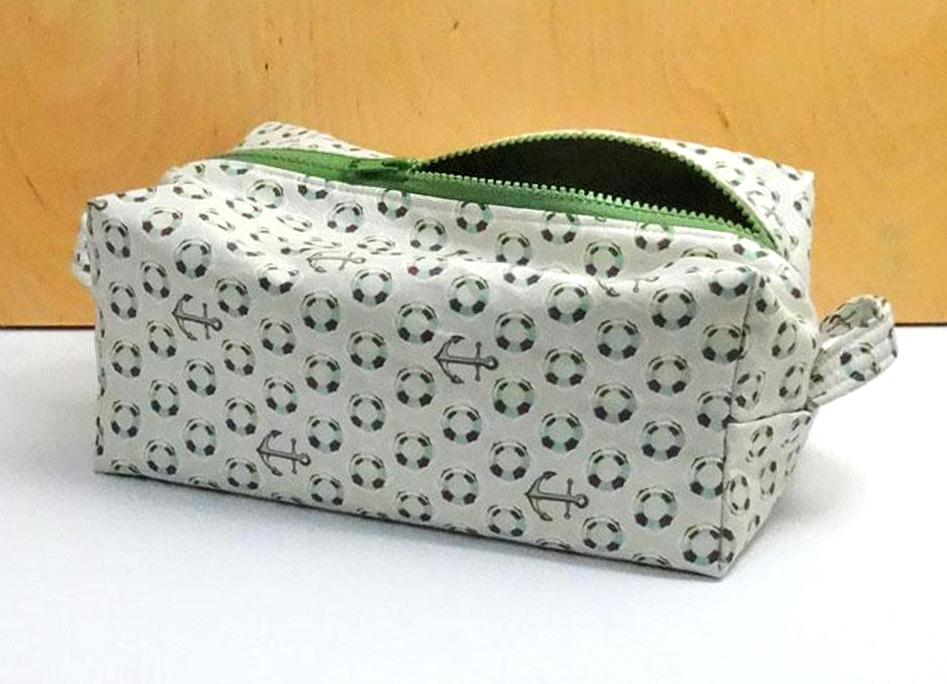 Boxy Dopp Kit (Zippered Box Pouch) Tutorial
