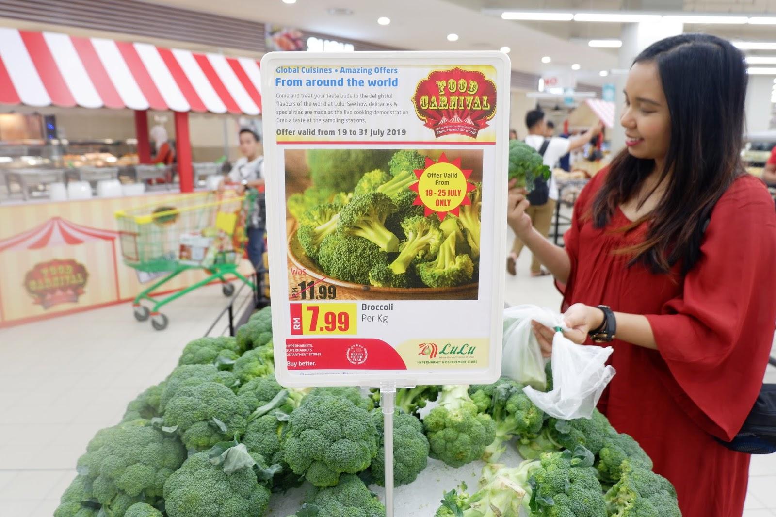 Sara Wanderlust: FOOD CARNIVAL @ Lulu Hypermarket & Department Store