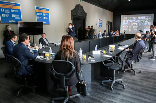 Governo de SP e prefeituras debatem retomada gradual da economia