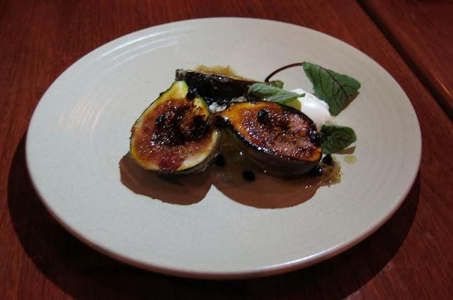 AUSTiNS, Mt Erica Hotel, tapas, figs