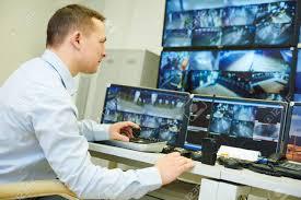 تشغيل مراقبي كاميرات مراقبة بمدينة العيون