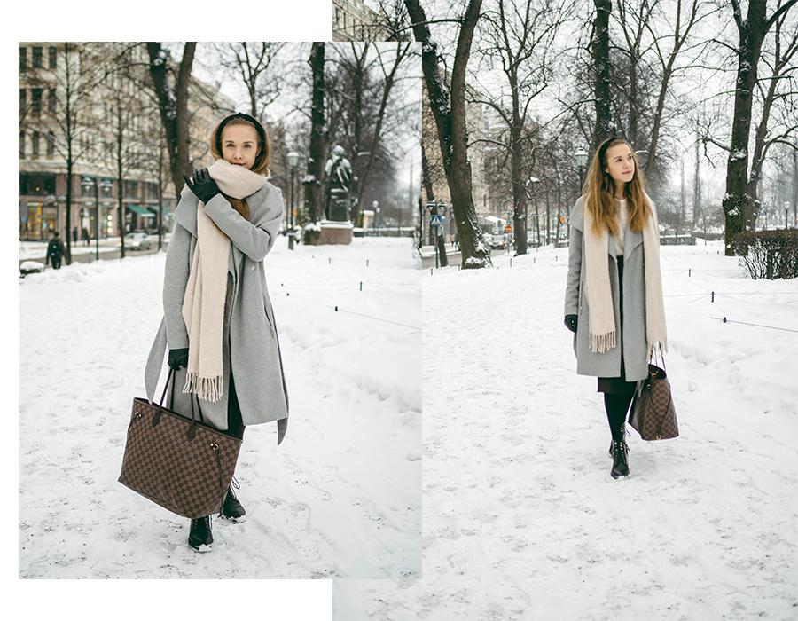 Asukokonaisuus harmaan villakangastakin kanssa // Outfit with grey wool coat