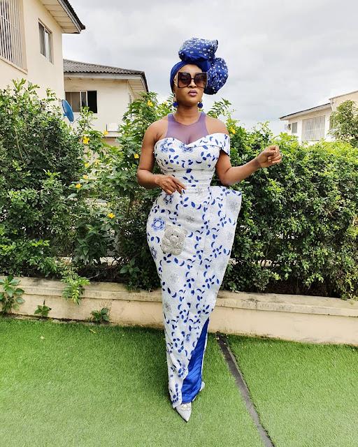 2019 Beautiful and Exotic Asoebi Styles
