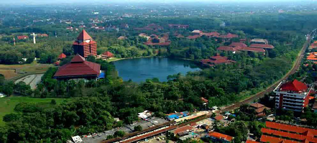 Universitas Indonesia Terbaik Jakarta