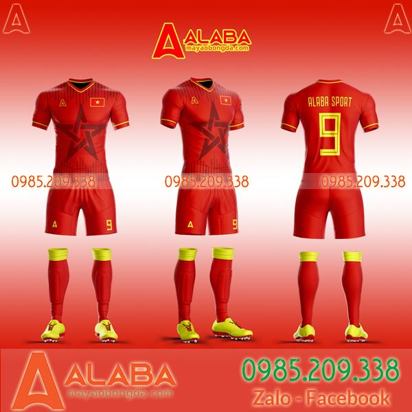 Áo Việt Nam đỏ tự thiết kế độc lạ