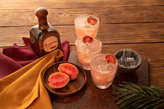 Amor, amistad y grandes momentos: Coctelería Don Julio para este 14 de febrero