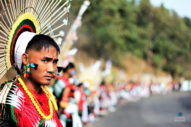 angami-naga-traditional-attire-headgear