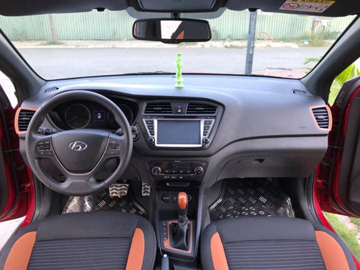 Hyundai i20 Active giá còn 400 triệu đồng sau 5 năm sử dụng