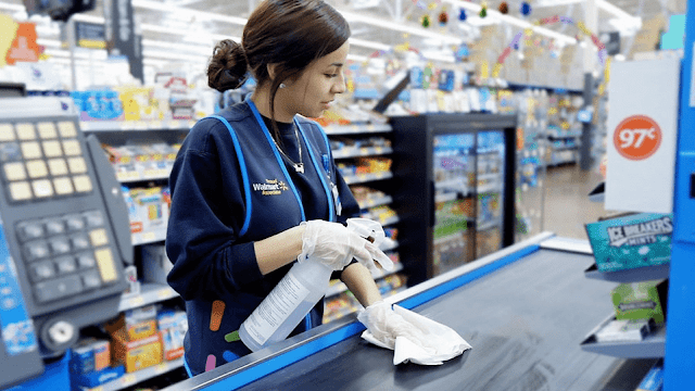 Can a 13 year old work at Walmart?