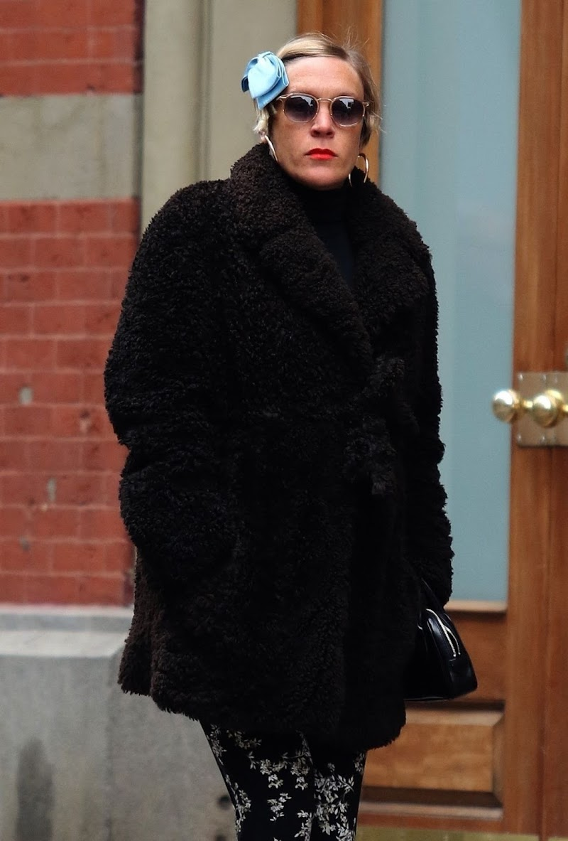 Pregnant Chloë Sevigny Clicked Out for Lunch in New York 5 Feb-2020