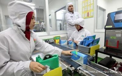 Lowongan Kerja Terbaru Min,SMA/SMK/D3/S1 PT Kalbe Farma Manufacturing ( Kalbe Farma Tbk ) Menerima Karyawa Seluruh Indonesia