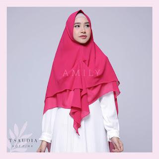 Hijab Amily Tsaudia Hot Pink