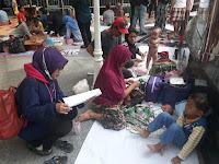 Universitas Binawan Bantu Korban Bencana Banjir Luapan Kali Ciliwung