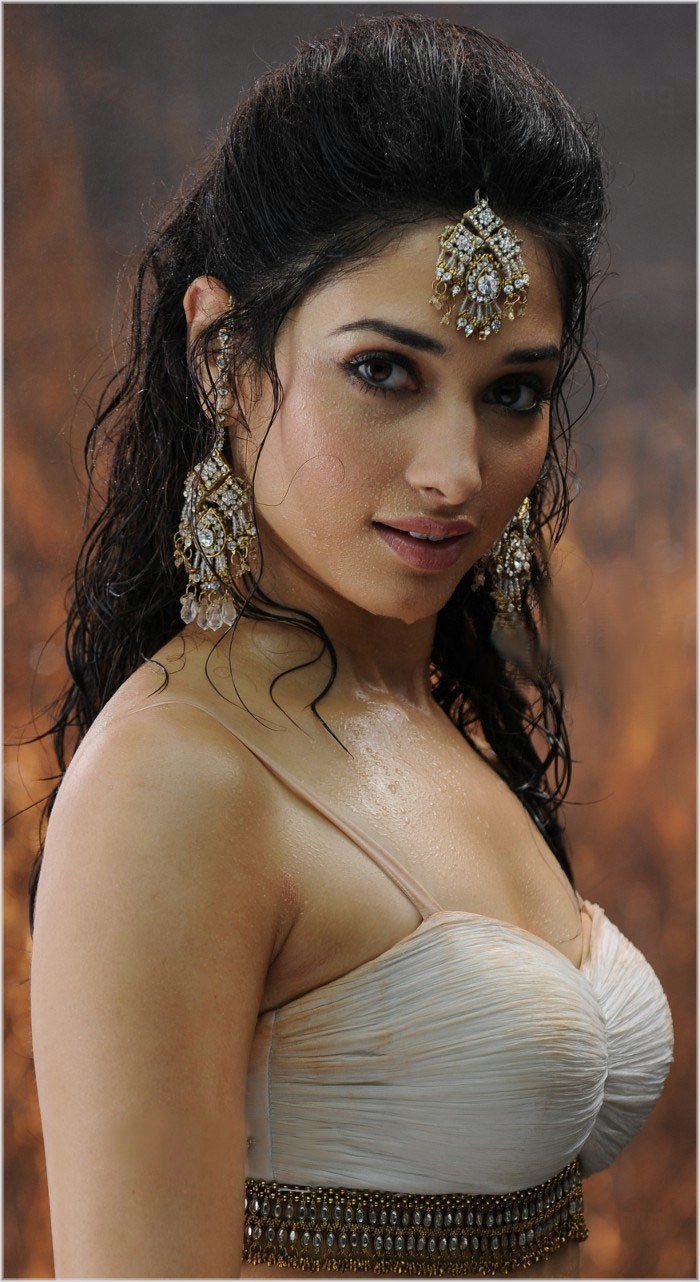 Tamanna Back: Tamana Hot HD Pictures Latest