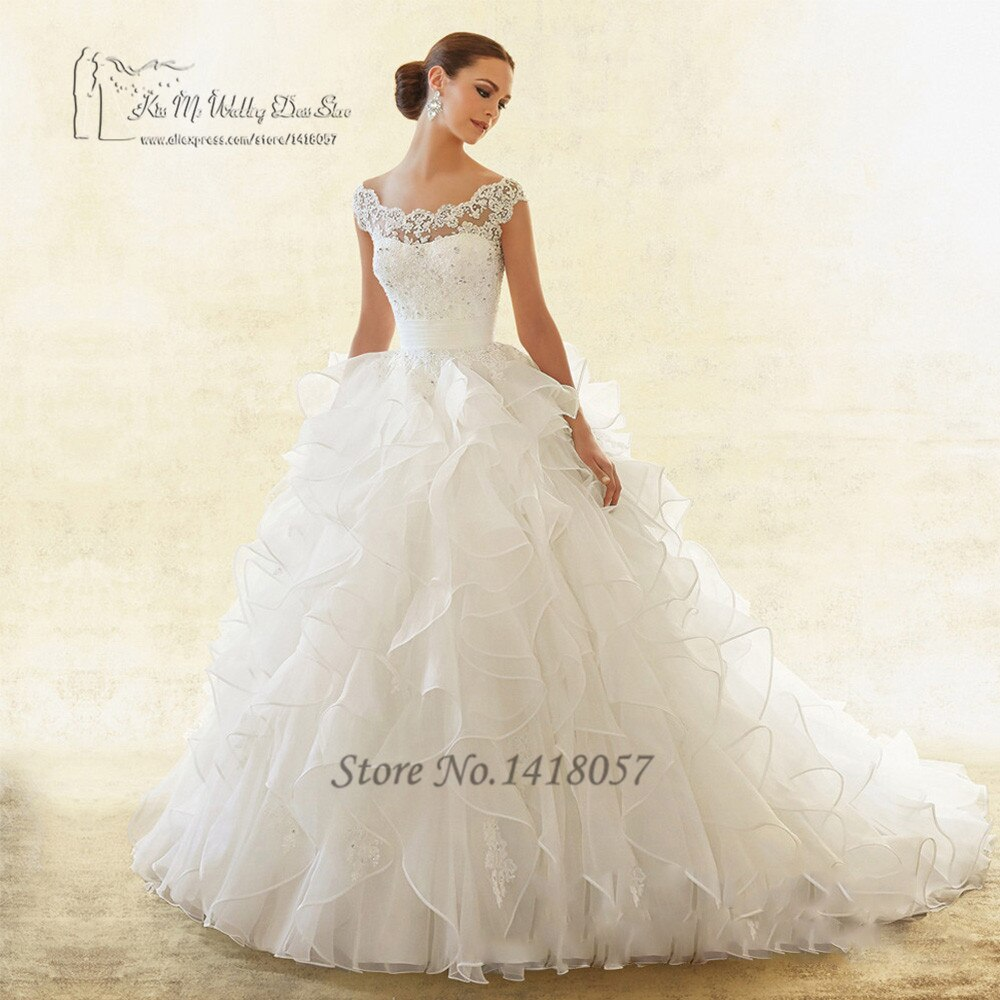 2019 Hot Sell Vintage Wedding Dress Ball Gown Ruffles Lace Bridal Dresses Wedding Gown Cap Sleeve