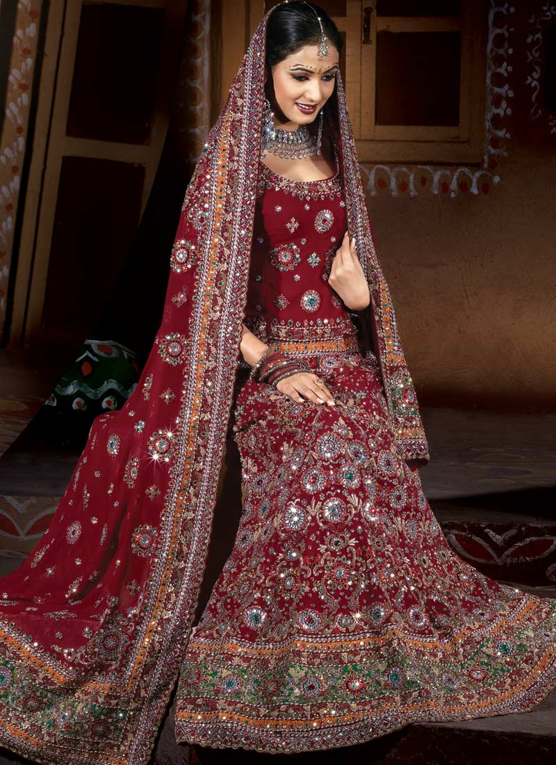 today's indian bridal wedding dresses  beautiful hand
