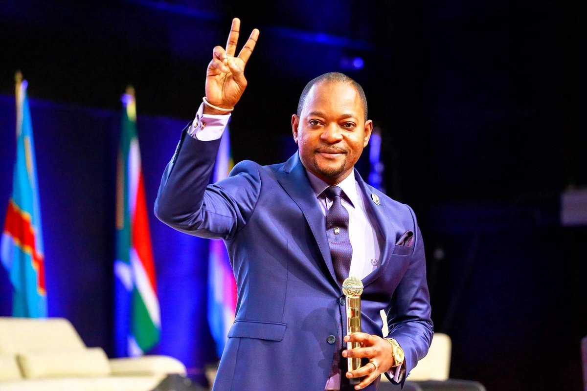 Pastor Alph Lukau Exposed For Performing Fake Miracles