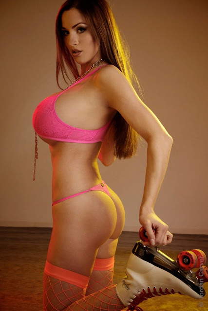 Jordan-Carver-Skater-Girl-Photoshoot-photo-hot-and-sexy-HD_22