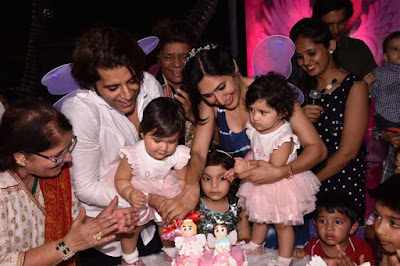 karanvir-bohra-teejay-sidhu-kids-1st-birthday