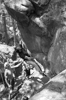 Gérald Coste dans la vraie Chute de pierre, 6C+/7A