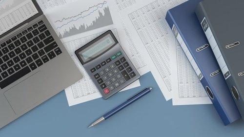 membuat-laporan-keuangan-perusahaan-jasa