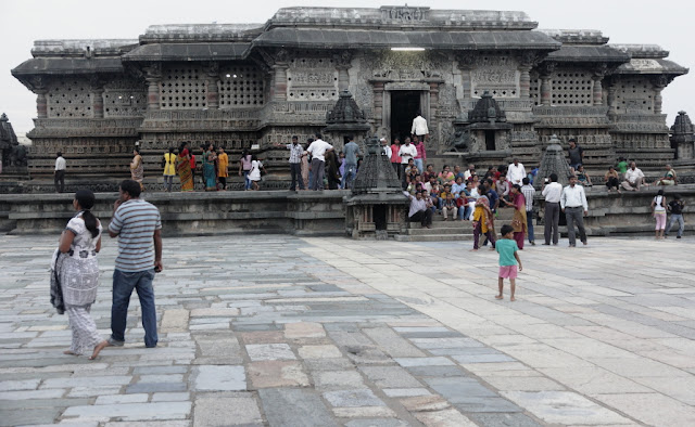 temple de belur inde sud
