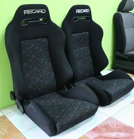 Car Wrap Cost >> Dingz Garage: Seat RECARO SR3