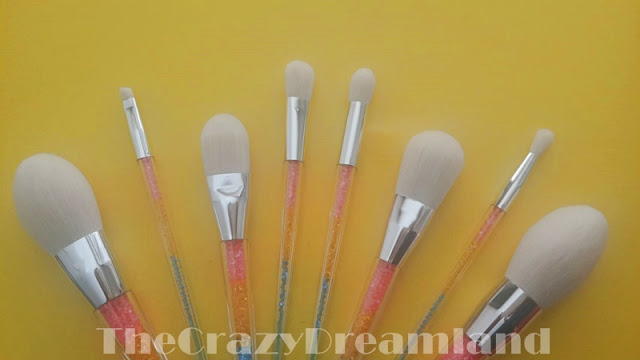 brushes-zaful-white
