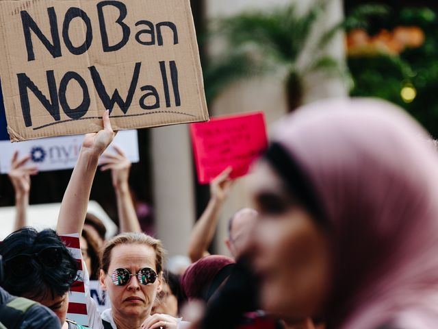 Federal judge leaves Trump's travel ban in place