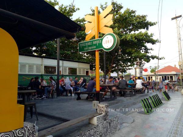 loko coffee shop kafe 24 jam di yogyakarta