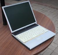 Fujitsu FMV S8220 Laptop Second