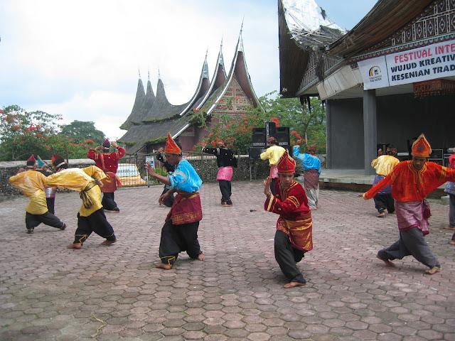 Randai, Kesenian Tradisional Sumatera Barat